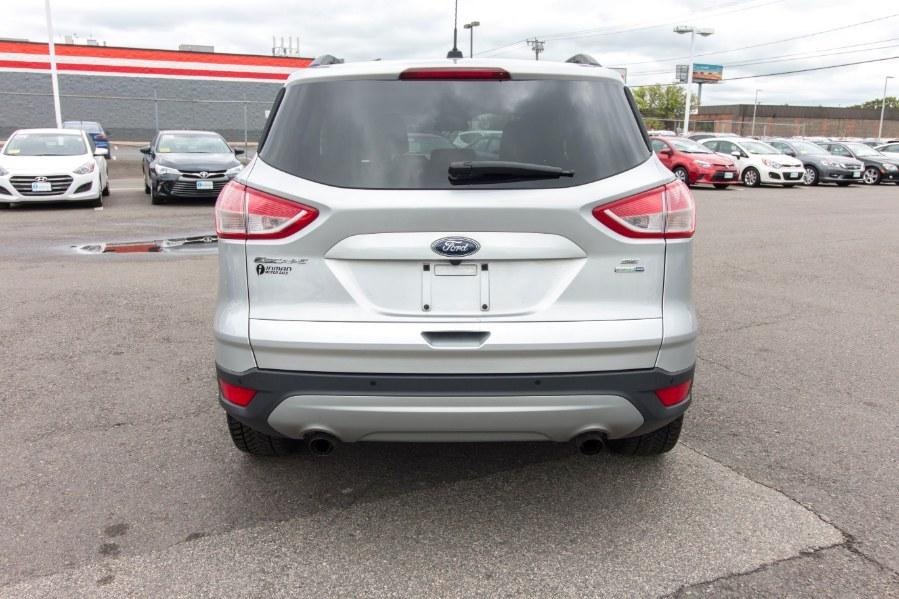 Used Ford Escape 4WD 4dr SE 2015 | Inman Motors Sales. Medford, Massachusetts