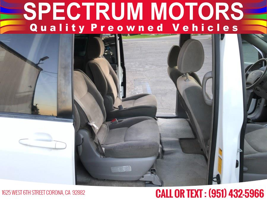 Used Toyota Sienna 5dr 8-Pass Van LE FWD 2010 | Spectrum Motors. Corona, California