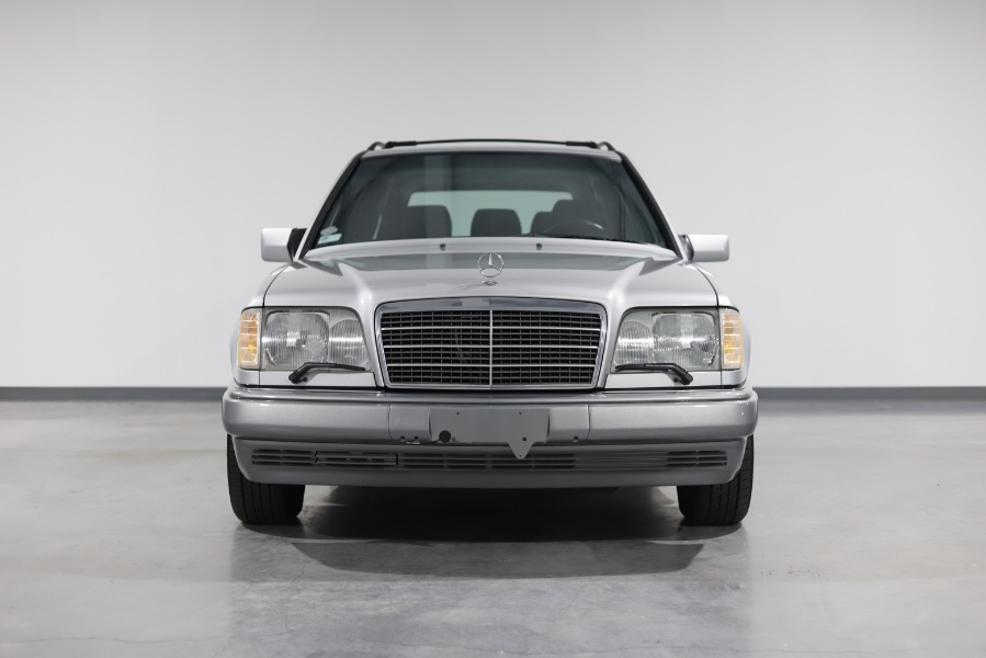 Used Mercedes-Benz E Class 4dr Wagon 3.2L 1995 | Meccanic Shop North Inc. North Salem, New York