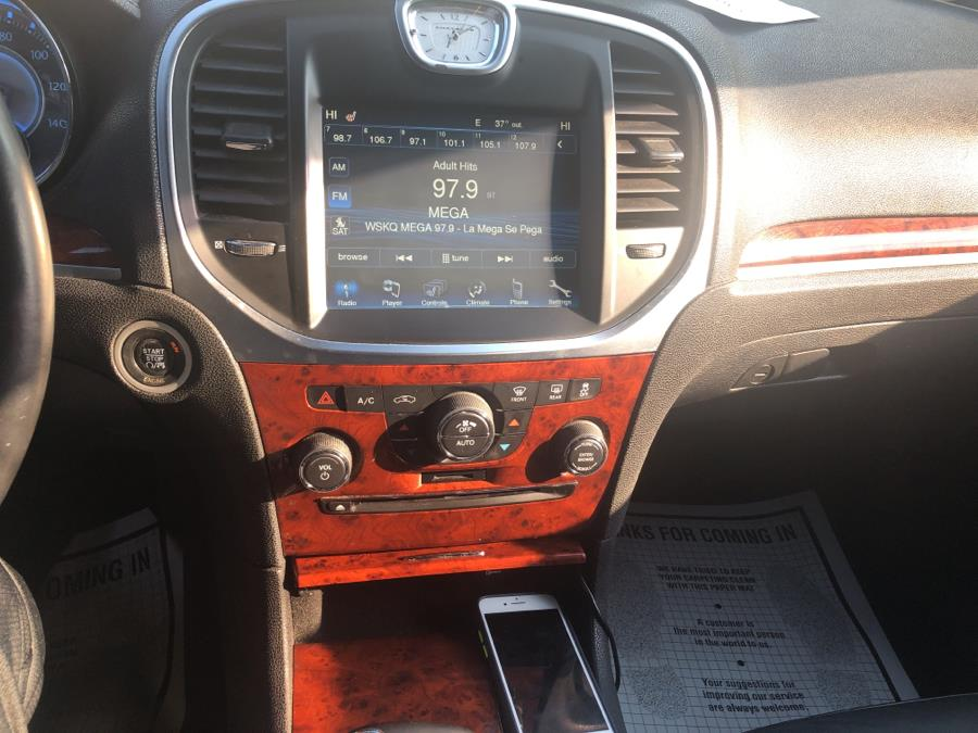 Used Chrysler 300 4dr Sdn V6 Limited 2012 | Sylhet Motors Inc.. Jamaica, New York