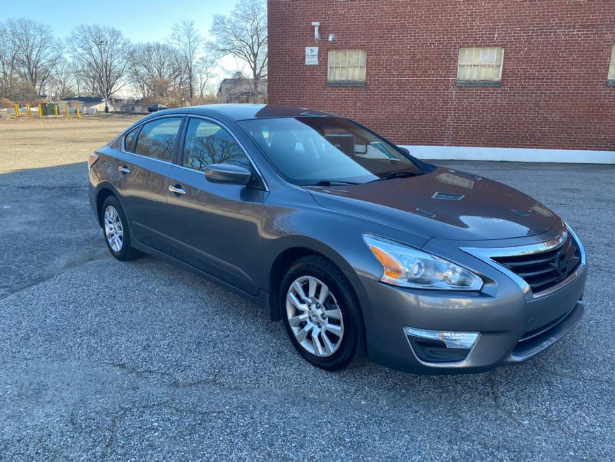 Used 2015 Nissan Altima in Bridgeport, Connecticut | CT Auto. Bridgeport, Connecticut
