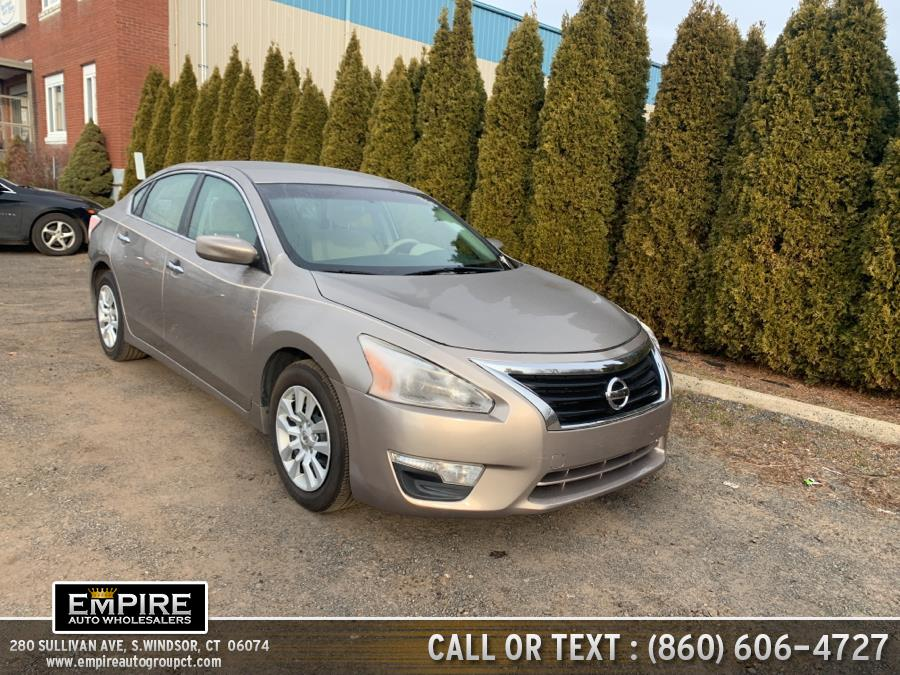 Used Nissan Altima 4dr Sdn I4 2.5 S 2015 | Empire Auto Wholesalers. S.Windsor, Connecticut