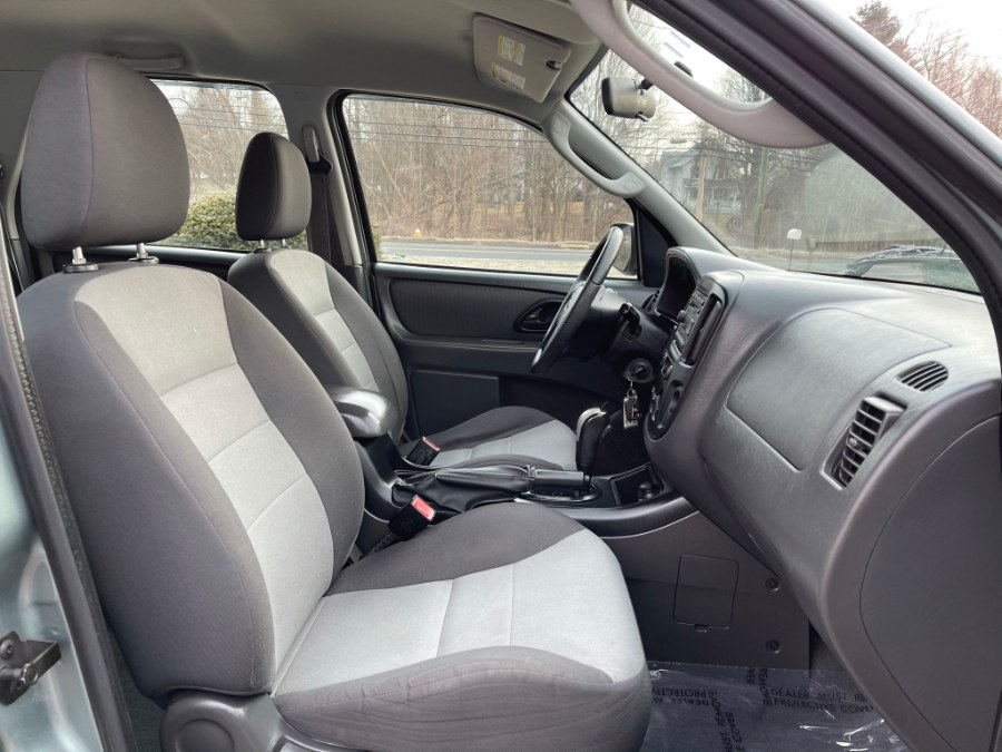 Used Ford Escape 2WD 4dr I4 Auto XLS 2007   Toro Auto. East Windsor, Connecticut