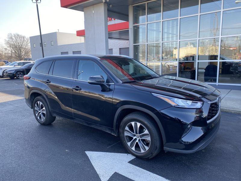 Used 2020 Toyota Highlander in Maple Shade, New Jersey | Car Revolution. Maple Shade, New Jersey