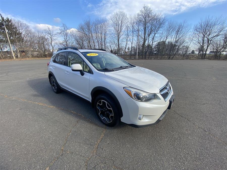 Used Subaru XV Crosstrek 5dr Auto 2.0i Limited 2014 | Wiz Leasing Inc. Stratford, Connecticut