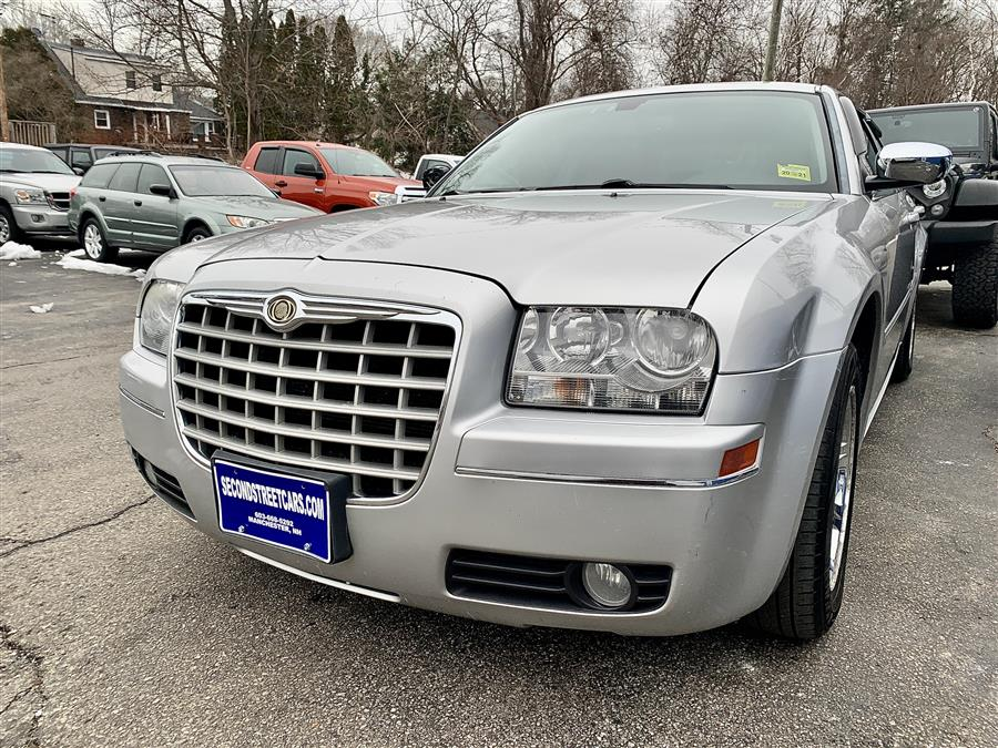 Used Chrysler 300 TOURING 2006 | Second Street Auto Sales Inc. Manchester, New Hampshire