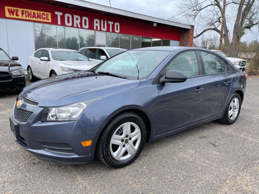 Used Chevrolet Cruze 4dr Sdn Auto 2014 | Toro Auto. East Windsor, Connecticut