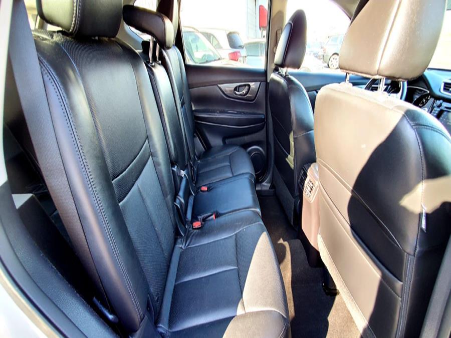 Used Nissan Rogue AWD 4dr SL 2015 | Capital Lease and Finance. Brockton, Massachusetts