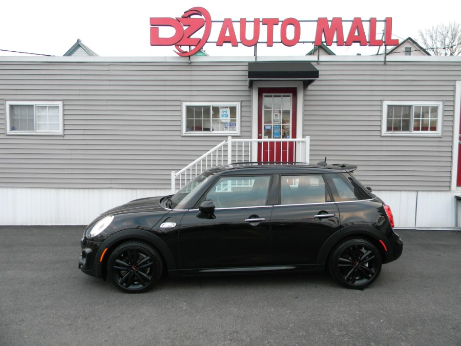 Used MINI Cooper Hardtop 4 Door 4dr HB S John Cooper Works 2016 | DZ Automall. Paterson, New Jersey