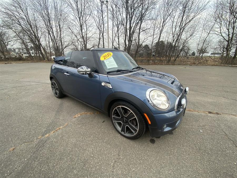 Used MINI Cooper Convertible 2dr S 2010 | Wiz Leasing Inc. Stratford, Connecticut
