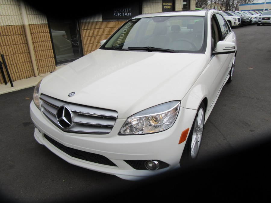 Used Mercedes-Benz C-Class 4dr Sdn C300 Luxury 4MATIC 2010 | Royalty Auto Sales. Little Ferry, New Jersey
