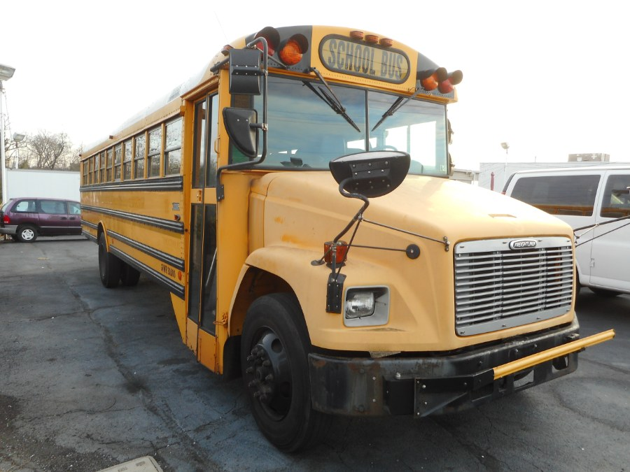 Used 2003 Freightliner BUS in Langhorne, Pennsylvania | Integrity Auto Group Inc.. Langhorne, Pennsylvania