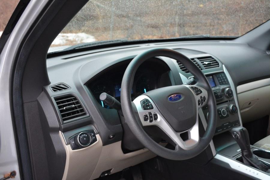 Used Ford Explorer 4WD 4dr Base 2015 | New Beginning Auto Service Inc . Ashland , Massachusetts
