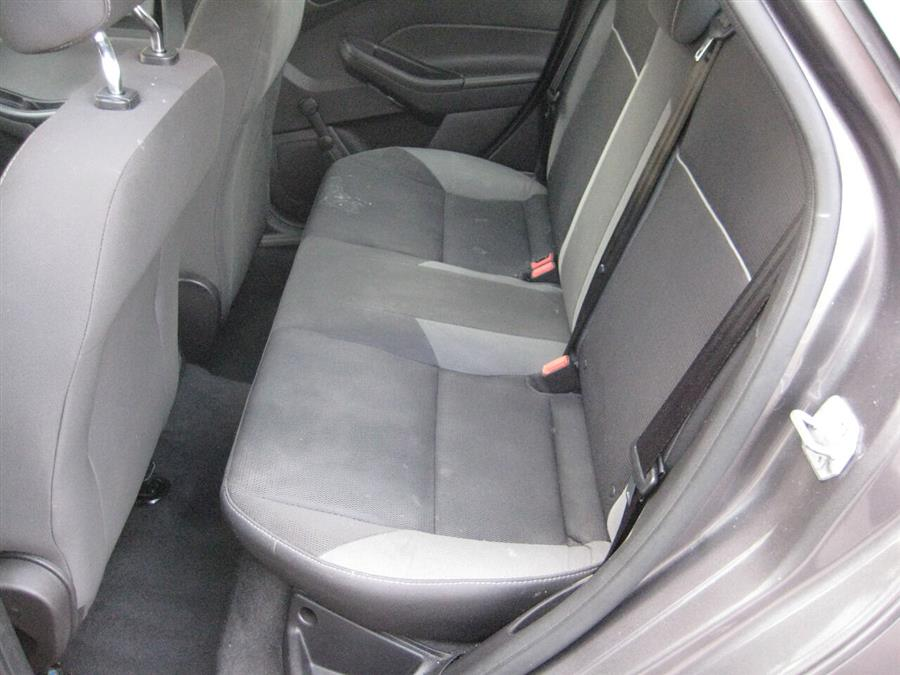Used Ford Focus S 4dr Sedan 2013   Rite Choice Auto Inc.. Massapequa, New York