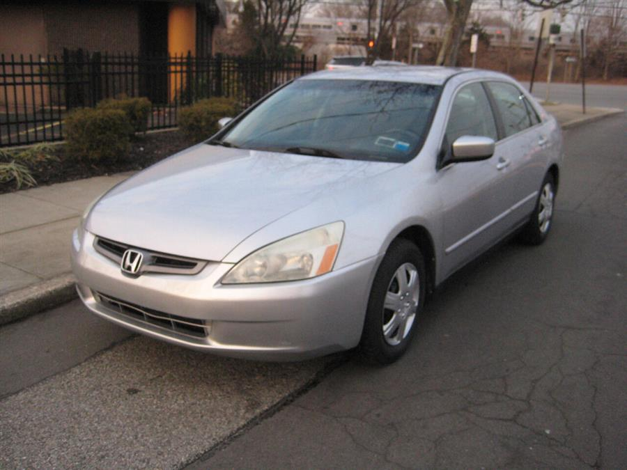 Used 2005 Honda Accord in Massapequa, New York | Rite Choice Auto Inc.. Massapequa, New York