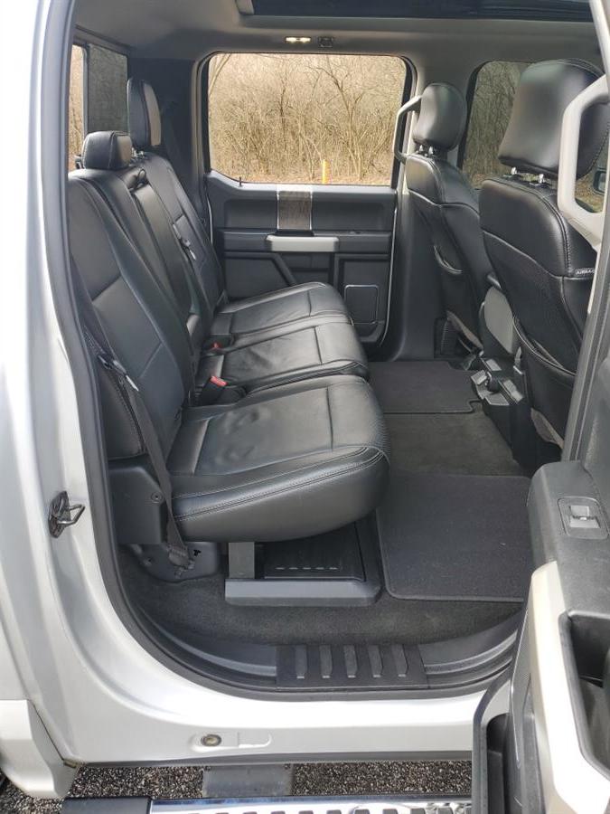 Used Ford Super Duty F-350 DRW Lariat 4WD Crew Cab 8'' Box 2017 | Wholesale Direct Motors. Beavercreek, Ohio