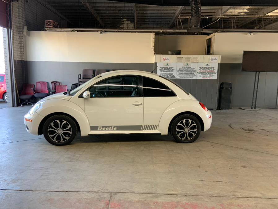 Used Volkswagen New Beetle Coupe 2dr Auto PZEV 2010 | U Save Auto Auction. Garden Grove, California