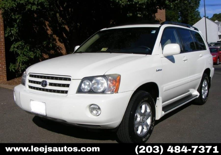 Used 2003 Toyota Highlander in North Branford, Connecticut | LeeJ's Auto Sales & Service. North Branford, Connecticut