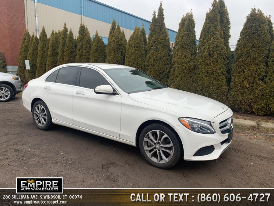 Used Mercedes-Benz C-Class 4dr Sdn C300 Luxury 4MATIC 2015 | Empire Auto Wholesalers. S.Windsor, Connecticut