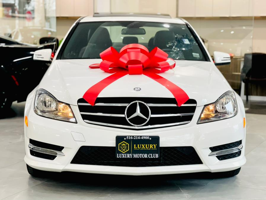 Used Mercedes-Benz C-Class 4dr Sdn C300 Sport 4MATIC 2014 | Luxury Motor Club. Franklin Square, New York