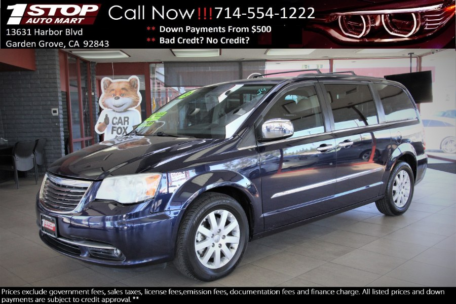 Used 2012 Chrysler Town & Country in Garden Grove, California | 1 Stop Auto Mart Inc.. Garden Grove, California