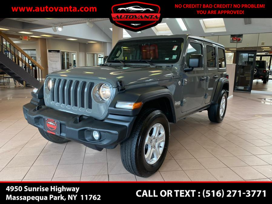 Used 2020 Jeep Wrangler Unlimited in Massapequa Park, New York | Autovanta. Massapequa Park, New York