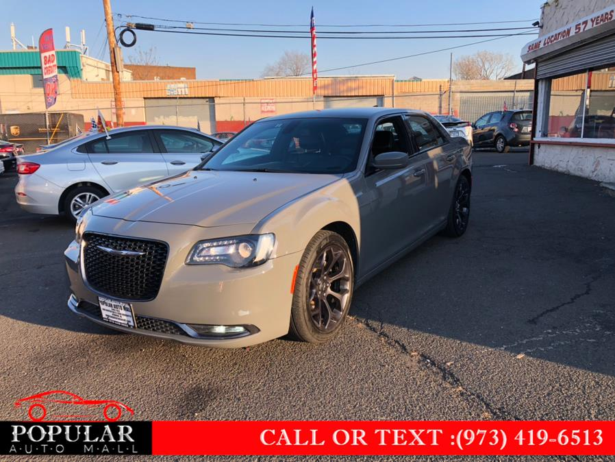 Used 2019 Chrysler 300 in Newark , New Jersey | Popular Auto Mall Inc . Newark , New Jersey