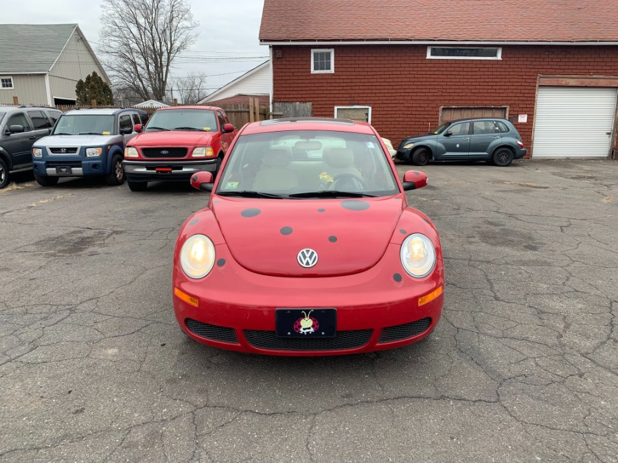 Used 2006 Volkswagen New Beetle Coupe in East Windsor, Connecticut | CT Car Co LLC. East Windsor, Connecticut
