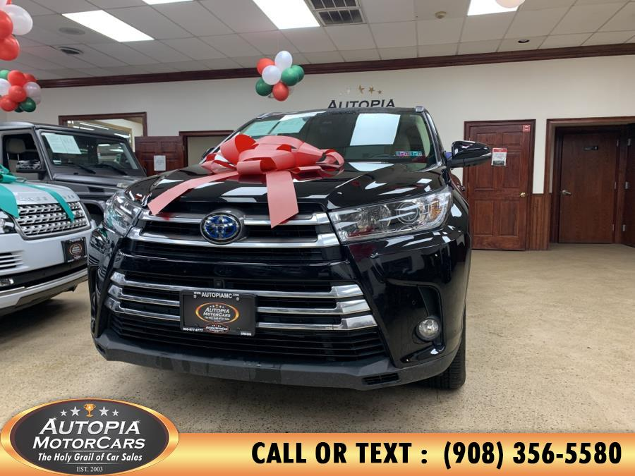 Used 2018 Toyota Highlander in Union, New Jersey | Autopia Motorcars Inc. Union, New Jersey