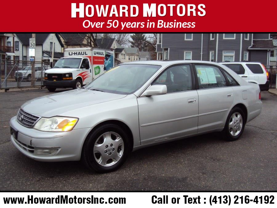 Used Toyota Avalon 4dr Sdn XLS w/Bucket Seats (Natl) 2003 | Howard Motors. Springfield, Massachusetts