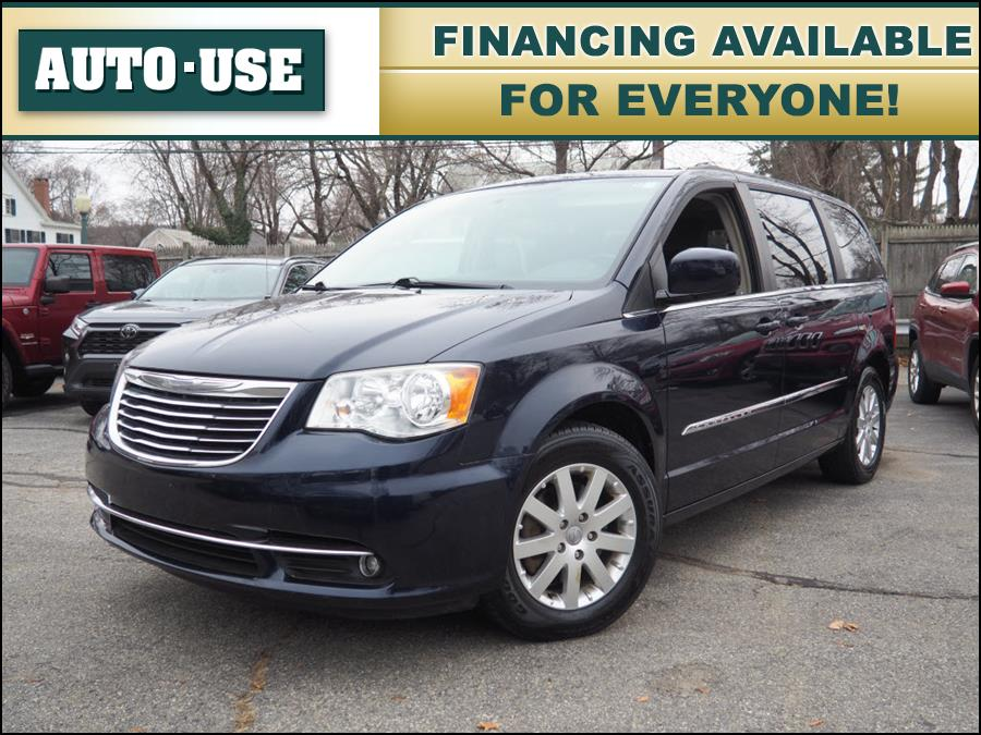 Used 2014 Chrysler Town & Country in Andover, Massachusetts | Autouse. Andover, Massachusetts
