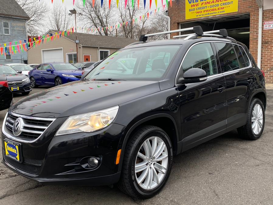 Used Volkswagen Tiguan 4WD 4dr SE 4Motion wSunroof & Navi 2011 | VEB Auto Sales. Hartford, Connecticut