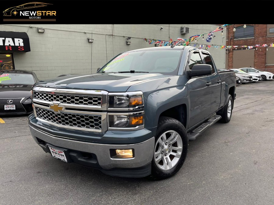 Used 2014 Chevrolet Silverado 1500 AWD in Chelsea, Massachusetts | New Star Motors. Chelsea, Massachusetts