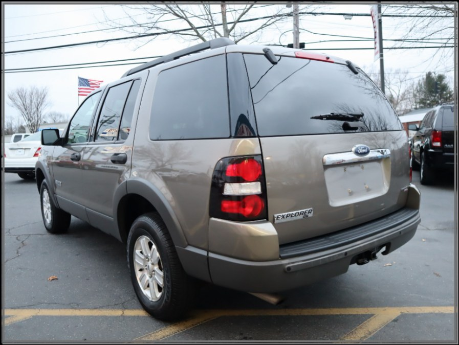 "Used Ford Explorer 4dr 114"" WB 4.0L XLT 4WD 2006 