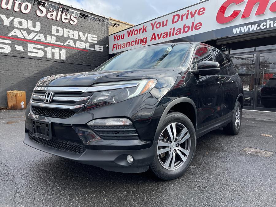 Used 2017 Honda Pilot in Bronx, New York | Champion Auto Sales Of The Bronx. Bronx, New York