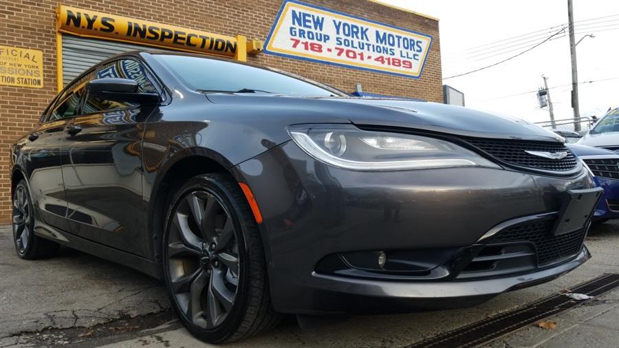 Used 2015 Chrysler 200 in Bronx, New York | New York Motors Group Solutions LLC. Bronx, New York