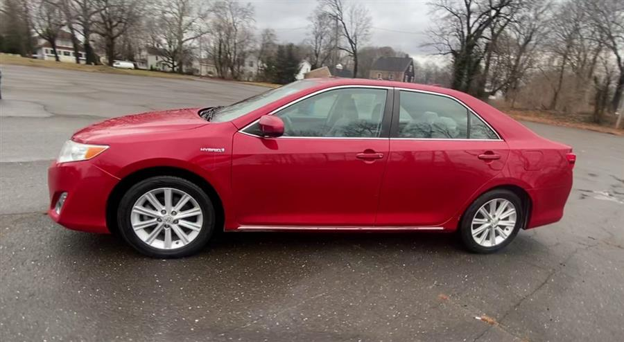 Used Toyota Camry Hybrid 4dr Sdn XLE 2012 | Wiz Leasing Inc. Stratford, Connecticut