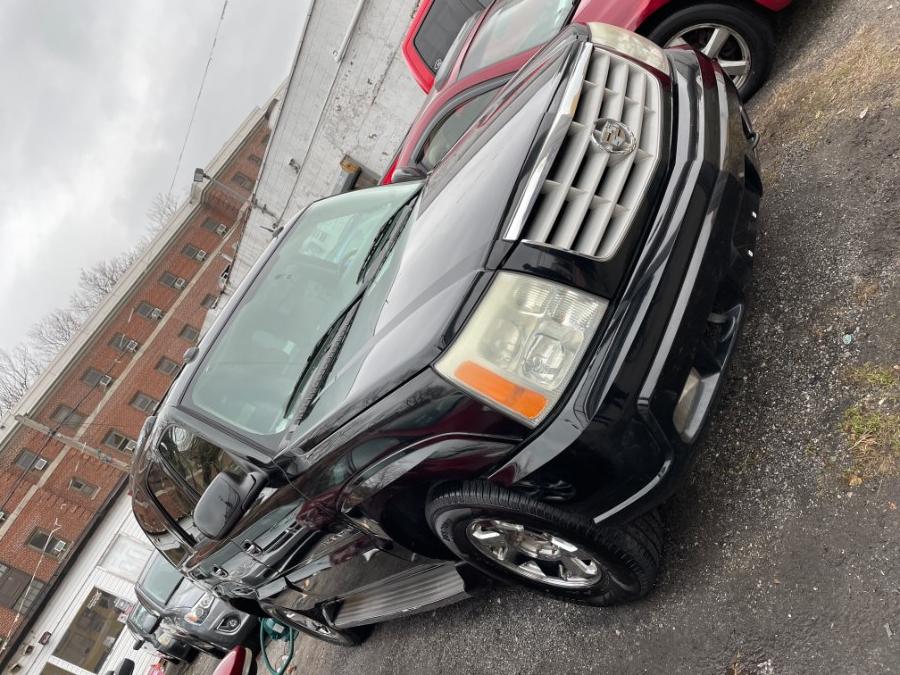 Used Cadillac Escalade 4dr AWD 2005 | Wide World Inc. Brooklyn, New York