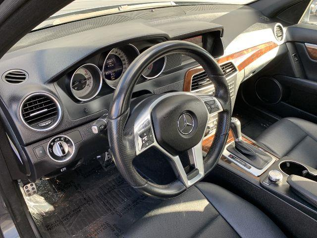 Used Mercedes-benz C-class C 300 Luxury 2013 | Valentine Motor Company. Forestville, Maryland
