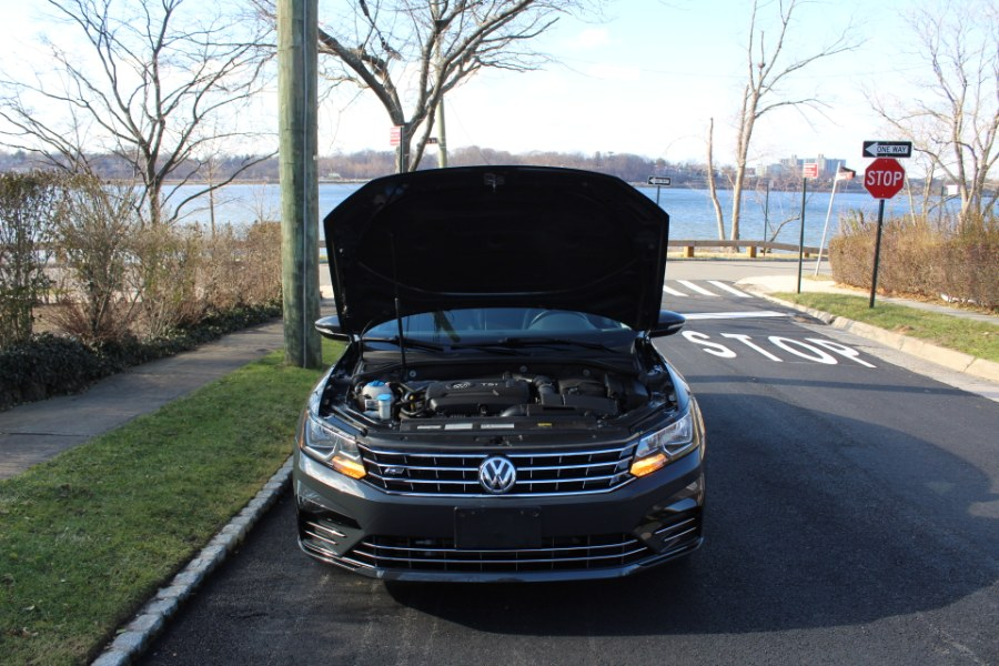 2017 Volkswagen Passat R-Line w/Comfort Pkg Auto, available for sale in Great Neck, NY