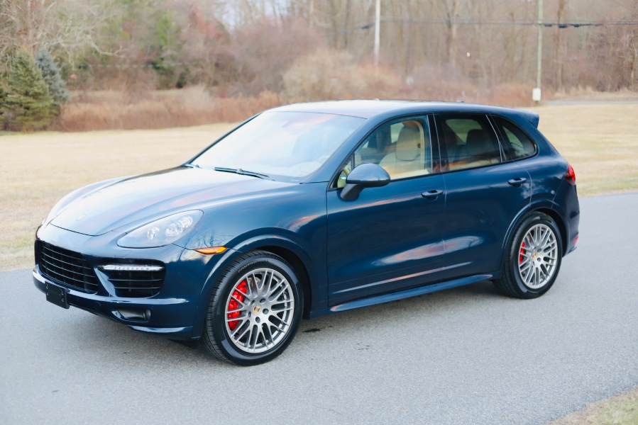 Used 2013 Porsche Cayenne in North Salem, New York | Meccanic Shop North Inc. North Salem, New York