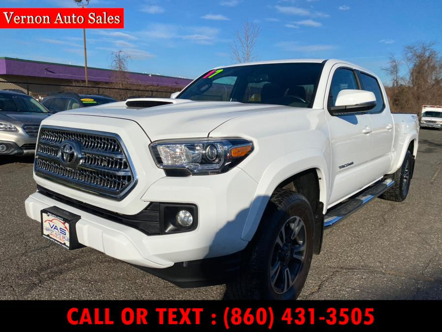Used 2017 Toyota Tacoma in Manchester, Connecticut | Vernon Auto Sale & Service. Manchester, Connecticut