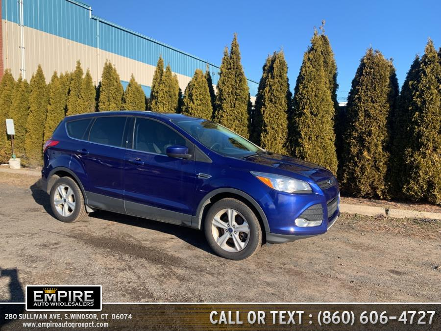 Used Ford Escape 4WD 4dr SE 2016 | Empire Auto Wholesalers. S.Windsor, Connecticut