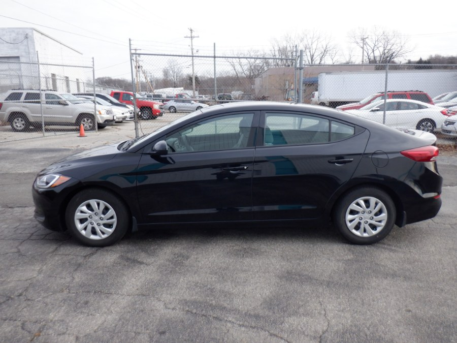 Used Hyundai Elantra SE 2.0L Auto (Alabama) 2018 | Dealertown Auto Wholesalers. Milford, Connecticut