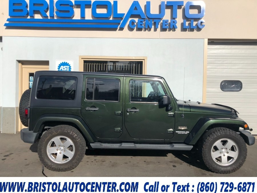 Used 2011 Jeep Wrangler Unlimited in Bristol, Connecticut | Bristol Auto Center LLC. Bristol, Connecticut