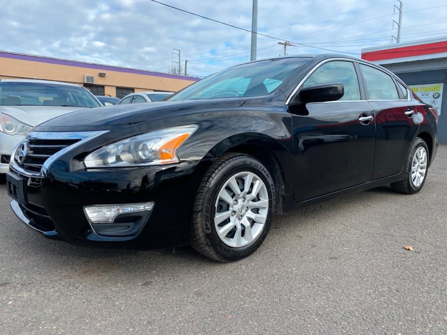 Used 2013 Nissan Altima in West Hartford, Connecticut | Auto Store. West Hartford, Connecticut