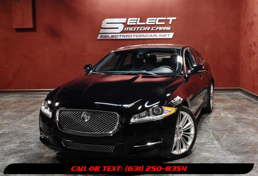 Used 2011 Jaguar Xj in Deer Park, New York | Select Motor Cars. Deer Park, New York