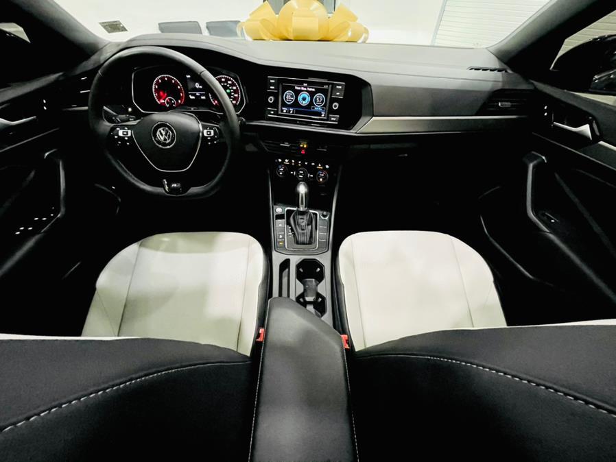 Used Volkswagen Jetta R-Line Auto w/SULEV 2019 | C Rich Cars. Franklin Square, New York