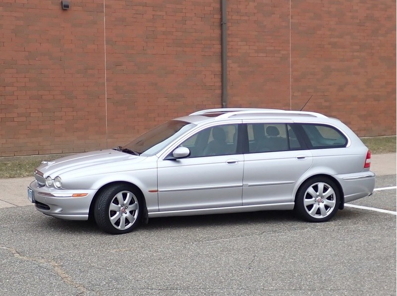 Used 2005 Jaguar X-TYPE in Naugatuck, Connecticut | Riverside Motorcars, LLC. Naugatuck, Connecticut