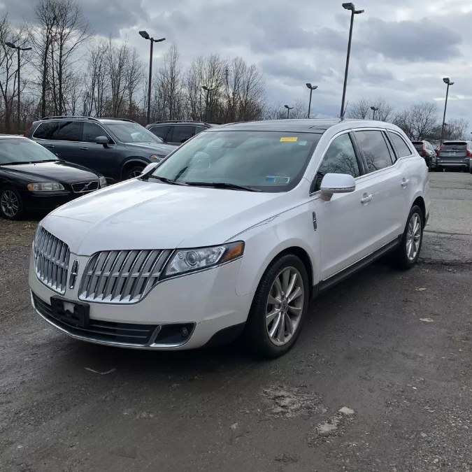 Used 2011 Lincoln MKT in Naugatuck, Connecticut | Riverside Motorcars, LLC. Naugatuck, Connecticut